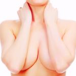 胸が外側を向いている本当の原因と治し方・ブラの選び方!