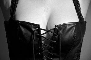 lingerie-2282678_640