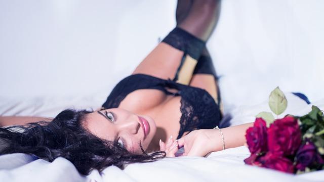 lingerie-2616801_640